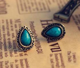 [ grdx01089]Retro Blue Tophus Water-drop Engraving Earring stud