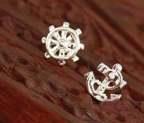 [grdx02052]Navy Style Earrings Anchor Stud